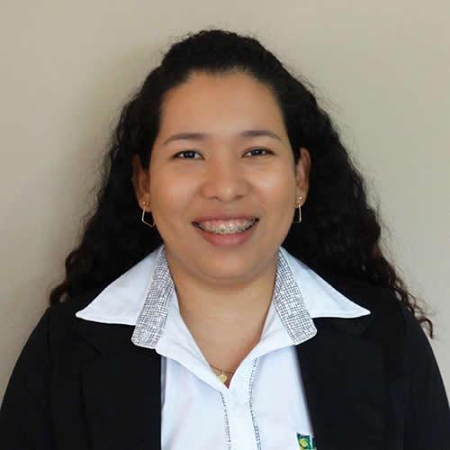 Adriana Cavalheiro de Oliveira